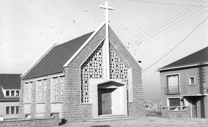 Temple protestant nouveau Polda
